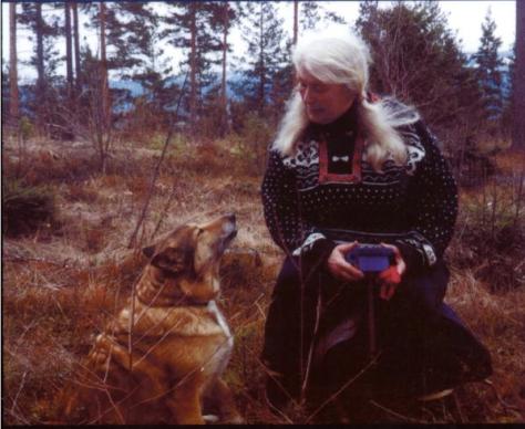 Fotografija iz naslovice knjige On Talking Terms On Dogs